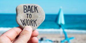 Înapoi din concediu: cum ne (re)adaptăm la activitatea de zi cu zi